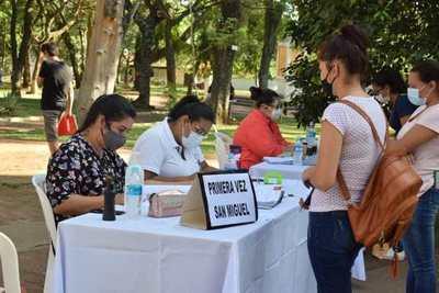 En Misiones se iniciaron recepción de carpetas de interesados en becas universitarias