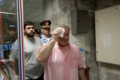 Óscar González Daher y su hijo no declararon en juicio
