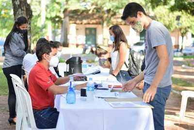 EBY inicia recepción de carpetas de interesados en becas universitarias