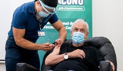 Revelan que gobierno tuvo a disposición 4 millones de vacunas y las rechazó