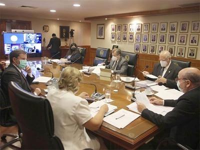 Duro cruce de ministros de la Corte durante sesión plenaria