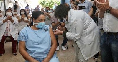 La Nación / Brasil aprueba uso de la vacuna de Pfizer a gran escala