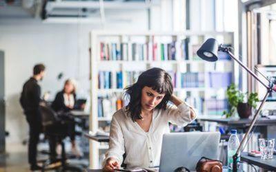 Estadísticas y Censos: A mujeres les cuesta más conseguir trabajo y ganan menos que los hombres