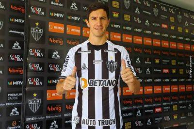 Nacho Fernández alaba proyecto de Mineiro