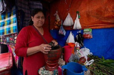 BM: Maternidad y jubilación son los puntos débiles en la legislación laboral para las mujeres en Paraguay