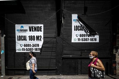 La actividad económica de Argentina se desplomó un 10 % en 2020