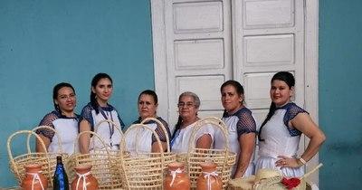 La Nación / En penitenciarías homenajearon a agentes, funcionarias y mujeres recluidas en su día