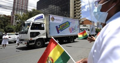 La Nación / Bolivia recibió ayer las vacunas chinas