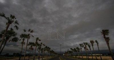 La Nación / Lluvias dispersas y ocasionales tormentas para este jueves