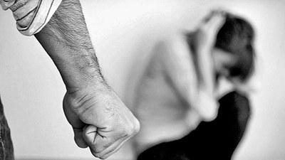 Familiares de la mujer golpeada exigen justicia