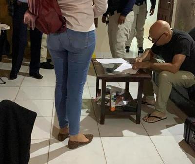 Allanan vivienda del capitán Rubén Valdez por presunto caso de sextorsión