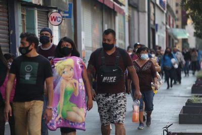La economía de México se desplomó un 8,2 % en 2020