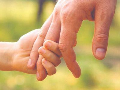 Jueza ordena que niño vuelva con su padre