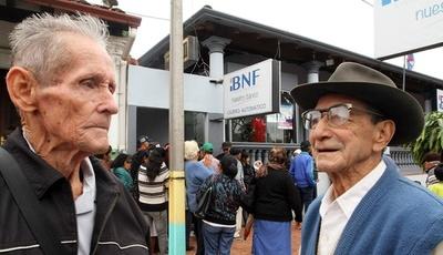 Jubilados y pensionados de la Caja Fiscal perciben en la fecha sus haberes
