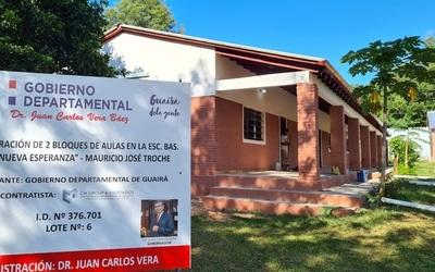 Continúan las refacciones en escuelas de Guairá