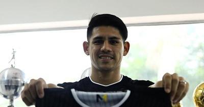 Llegó el pase de Saúl Salcedo y jugará el superclásico