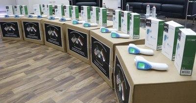 La Nación / Retorno a clases: Embajada de EEUU donó 800 termómetros digitales para escuelas vulnerables