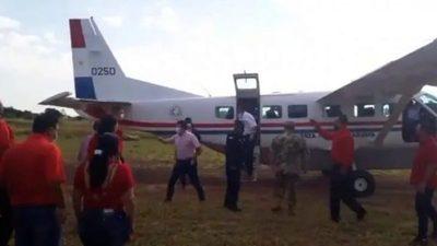 Proselitismo sin disimulo: Vicepresidente usó avioneta estatal en campaña política