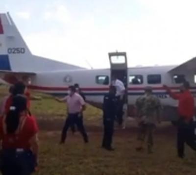Vicepresidente usó avioneta estatal en campaña política