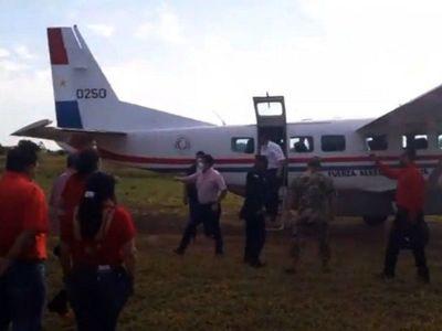 Vicepresidente utiliza avión del Estado para  proselitismo