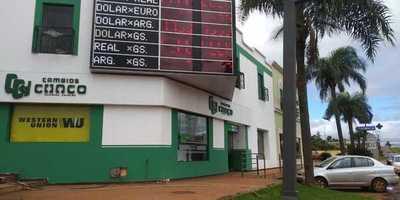 Casas de cambios siguen esperando flexibilización de medidas antilavado de dinero