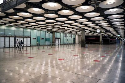 España prorroga las restricciones para viajeros de Reino Unido, Brasil y Sudáfrica