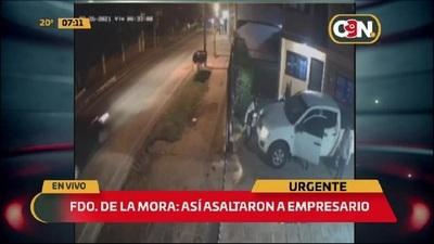 Delincuentes vestidos como agentes de la SENAD asaltaron a un empresario en Fdo. de la Mora