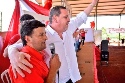 """Intendente de Cedrales desmiente sobre """"maquinas fantasmas"""" y piden informes"""