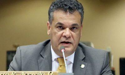 Falleció el diputado Robert Acevedo