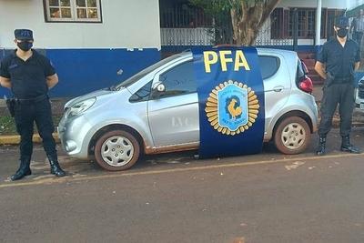 Recuperan vehículo robado en Paraguay en Puerto Yguazú