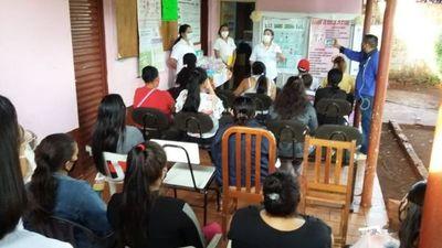 Unidad de Salud realiza actividades de Club de madres