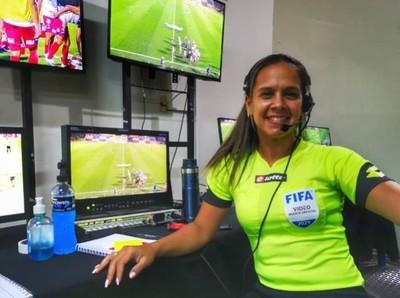 Nancy Fernández, embajadora del arbitraje femenino
