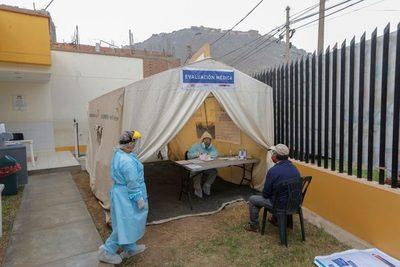 Plantas de oxígeno llegan tarde para combatir segunda ola de covid-19 en Perú