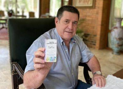 Cartes: De promocionar la eficacia de Taffix a enfermar de Covid-19