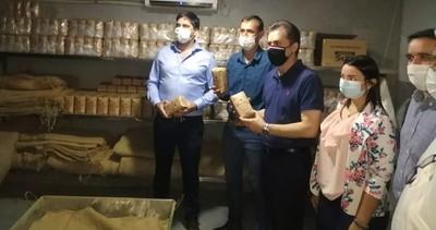 Autoridades del MIC realizan gira por industrias y emprendimientos de Itapúa
