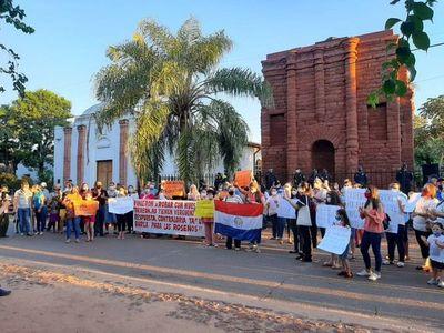Sigue movilización contra los trabajos de restauración en Torreón Jesuítico