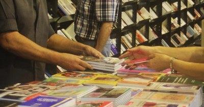 La Nación / Turismo e intercambio cultural en debate en Feria del Libro