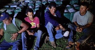 La Nación / Imputaron a cuatro personas tras la incautación de 1.344 kilos de cocaína en el Chaco