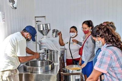 Habilitan centro de capacitación y producción para oleros de Areguá