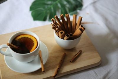 Esta receta de té de canela es perfecta para un buen descanso nocturno