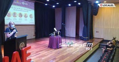 UNAE y Copacons celebraron el día de la mujer con entrega de reconocimientos