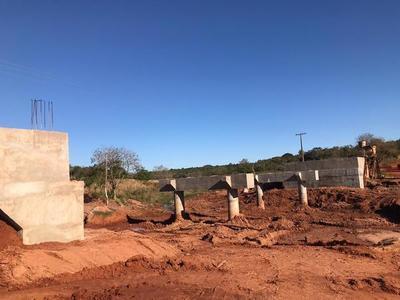Dos puentes de hormigón armado presentan 55% de avance en Paraguarí
