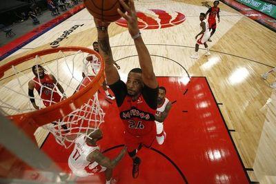 """Lorwy se alza con """"triple-doble"""" y el Heat sorprende a Utah"""