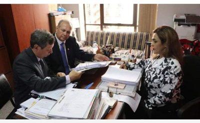 Fiscalía presenta acusación contra Mario Ferreiro y otras seis personas
