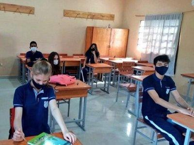 El 73% de las escuelas están en condiciones, según viceministro