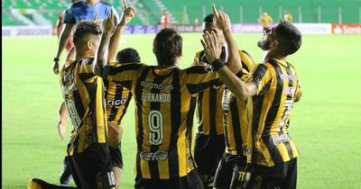 Copa Libertadores: Costas y varios jugadores del legendario, en el once ideal