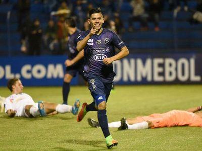 Tomás Rojas jugará en Chile