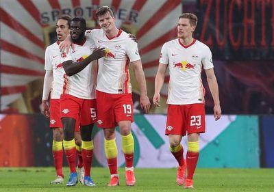 Leipzig remonta en el descuento y sigue a dos del Bayern