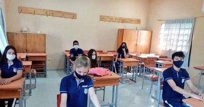 La Nación / Piden garantizar clases presenciales para alumnos de zonas periféricas y rurales