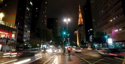 La pandemia vuelve a tomar fuerza en Brasil y semiparaliza al país
